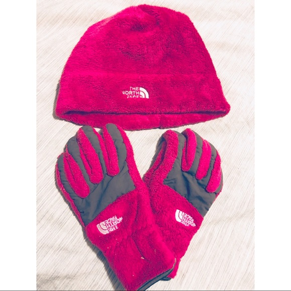 Hot pink North Face beanie and gloves 82f241b380a